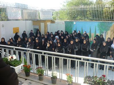 ارسال پد بهداشتی کمرو به دبیرستان های تهران